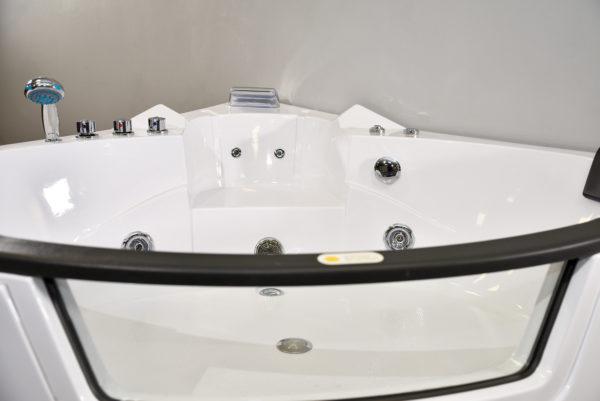Amalfi Corner Bath